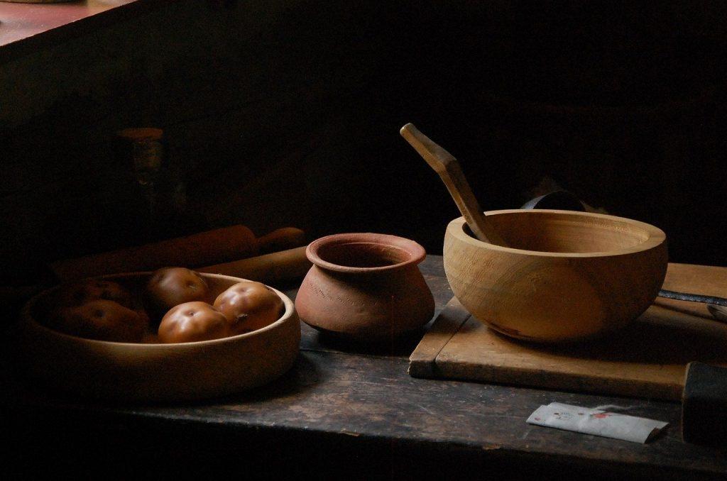Wooden bowl tricks